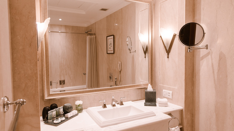 Grand Heritage Room - Bathroom
